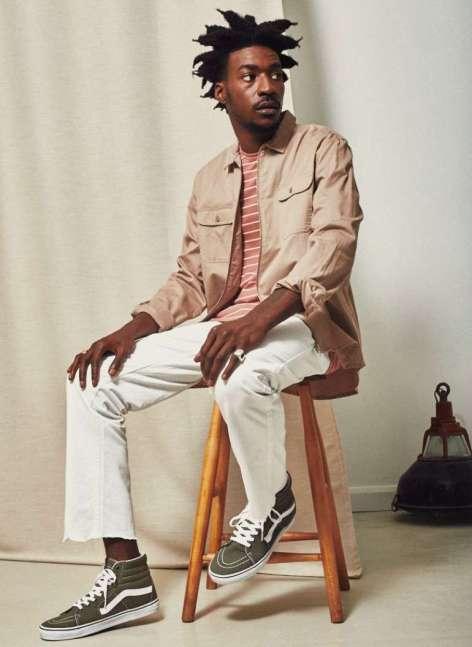 how-to-wear-stripes-candy-striped-pink-t-shirt-pink-jacket-white-raw-hem-jeans-khaki-vans